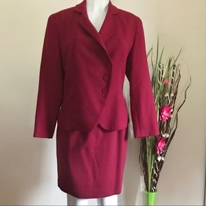Gianni Women's 100% Pure Wool Plum Suit